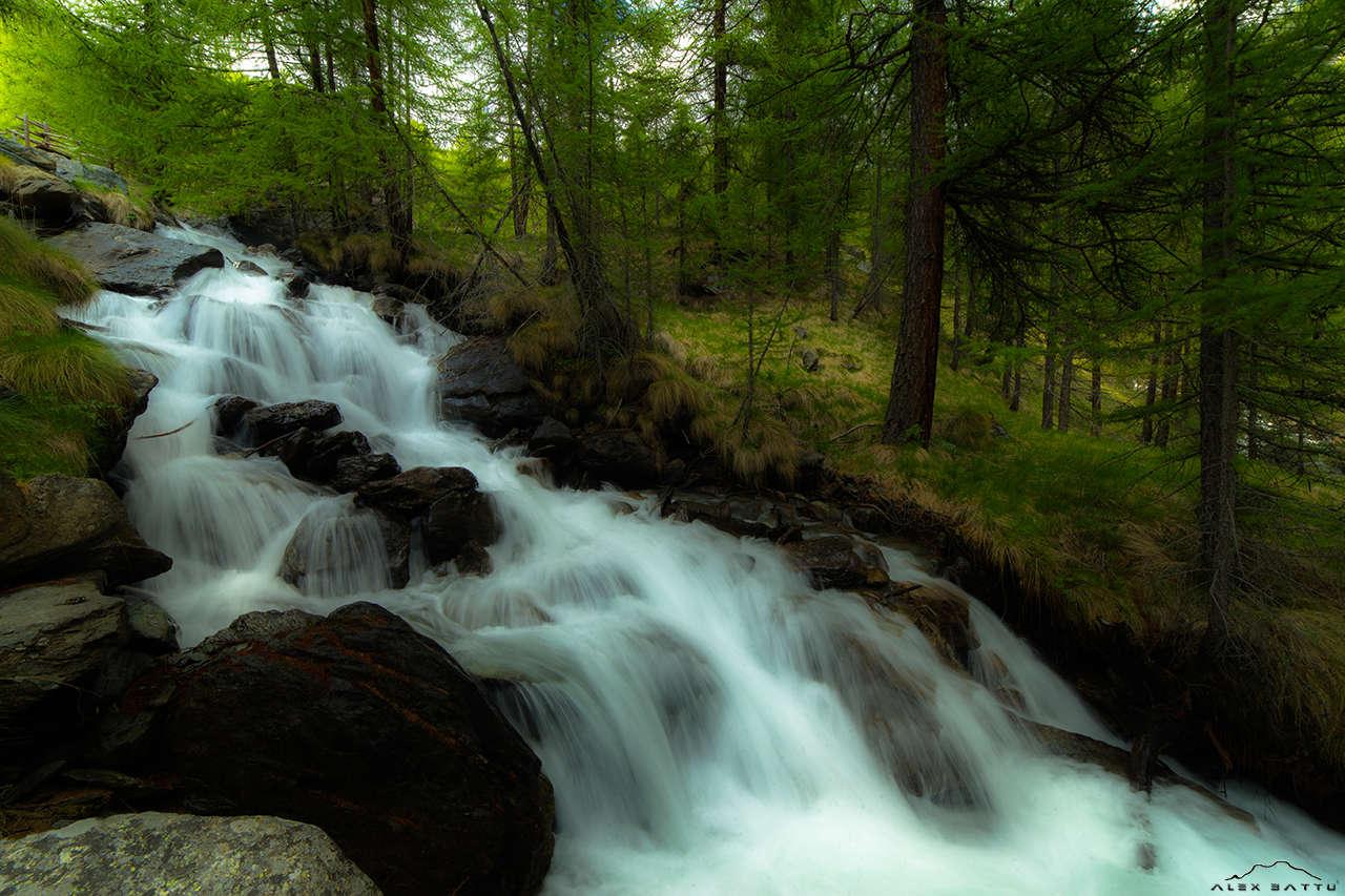 Tzere mountain river